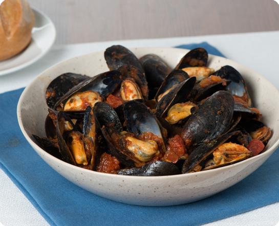Steamed Mussels Marinara